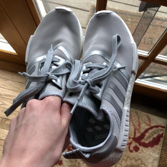 adidas, grigio e bianco r1s nmd dimensioni donne 8 poshmark